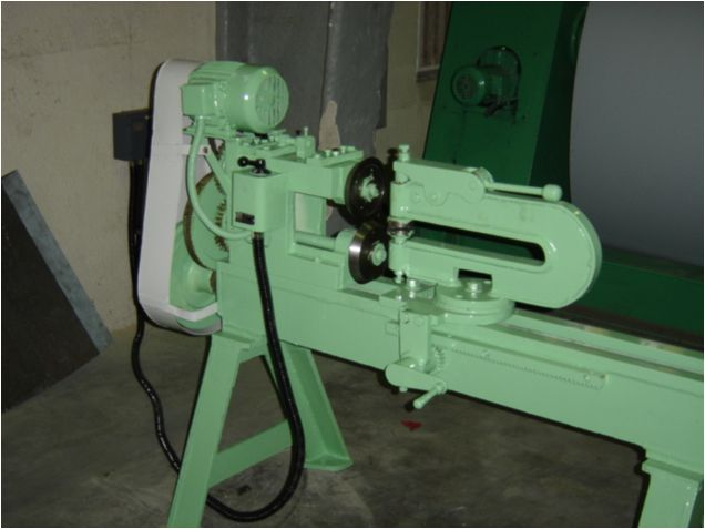 Circle Cutting Machine In Subhash Nagar